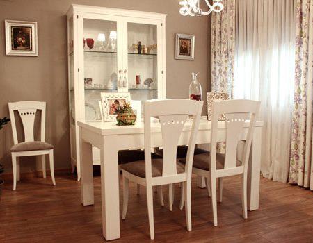 Mesa-comedor-y-vitrina-350